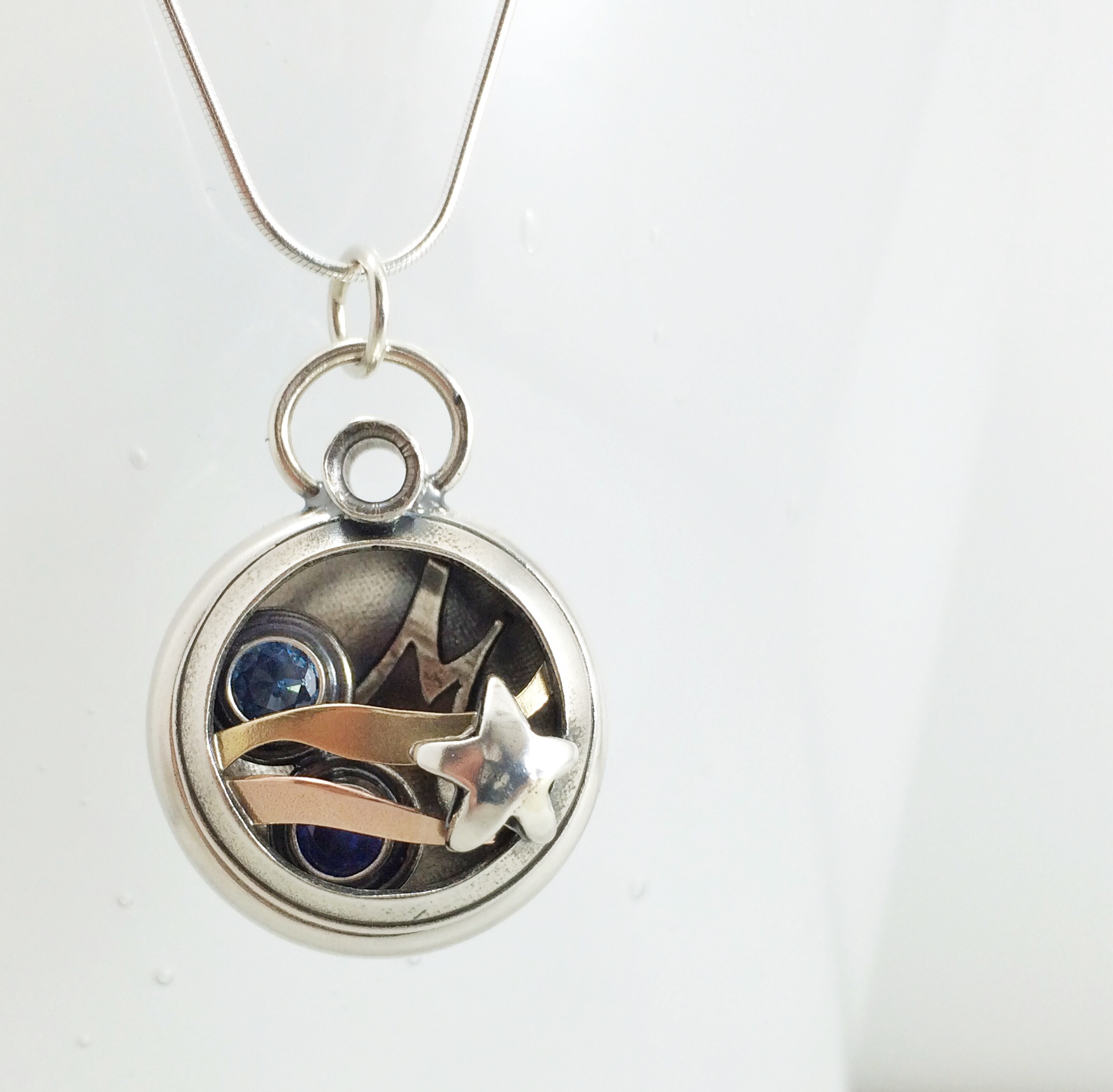 Star Merged Family Locket